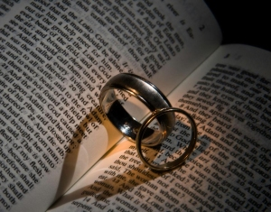 ring in bible